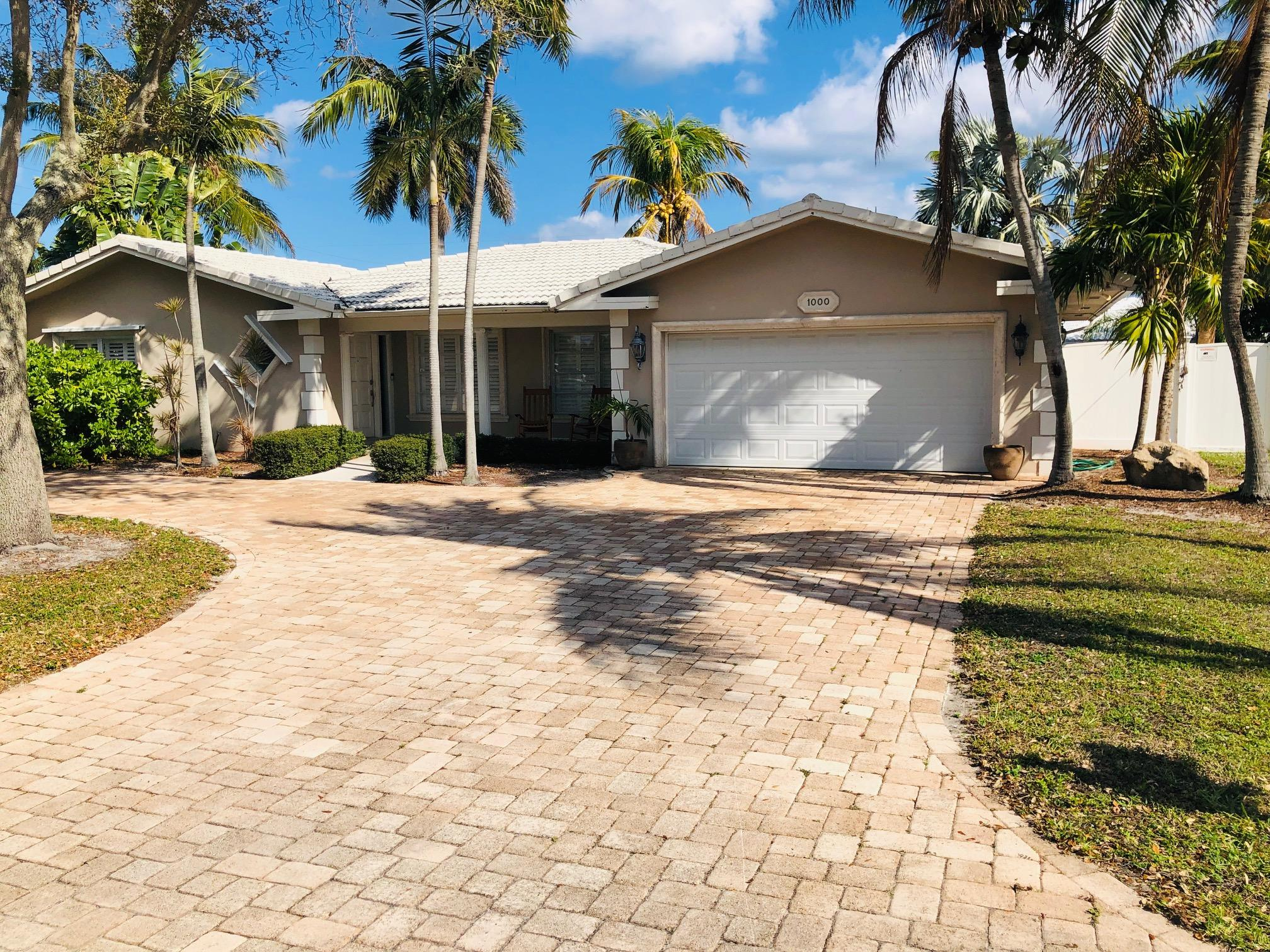 Photo of 1000 SE 13th Avenue, Deerfield Beach, FL 33441