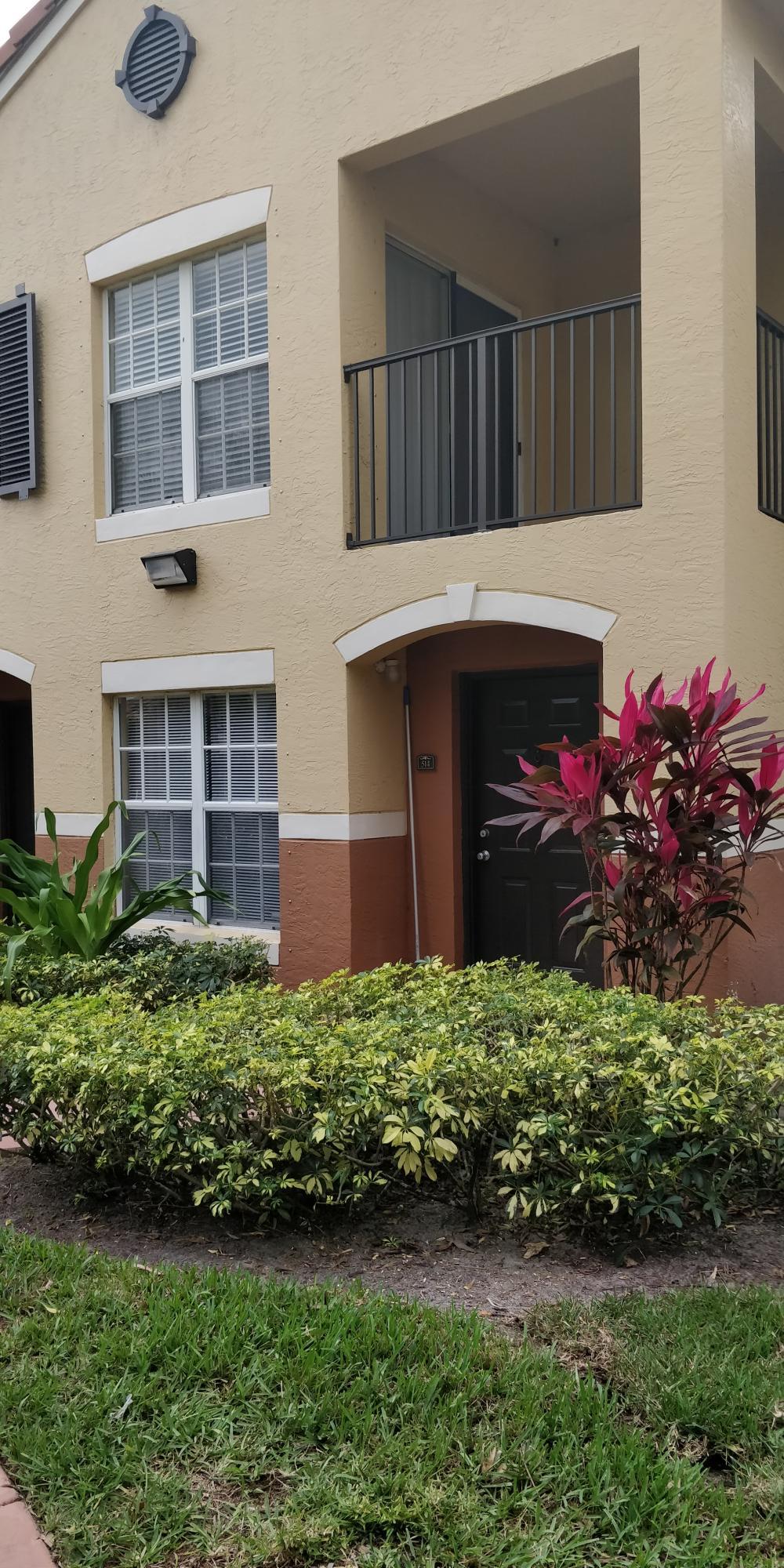 10366 Fox Trail Road 1706 Royal Palm Beach, FL 33411