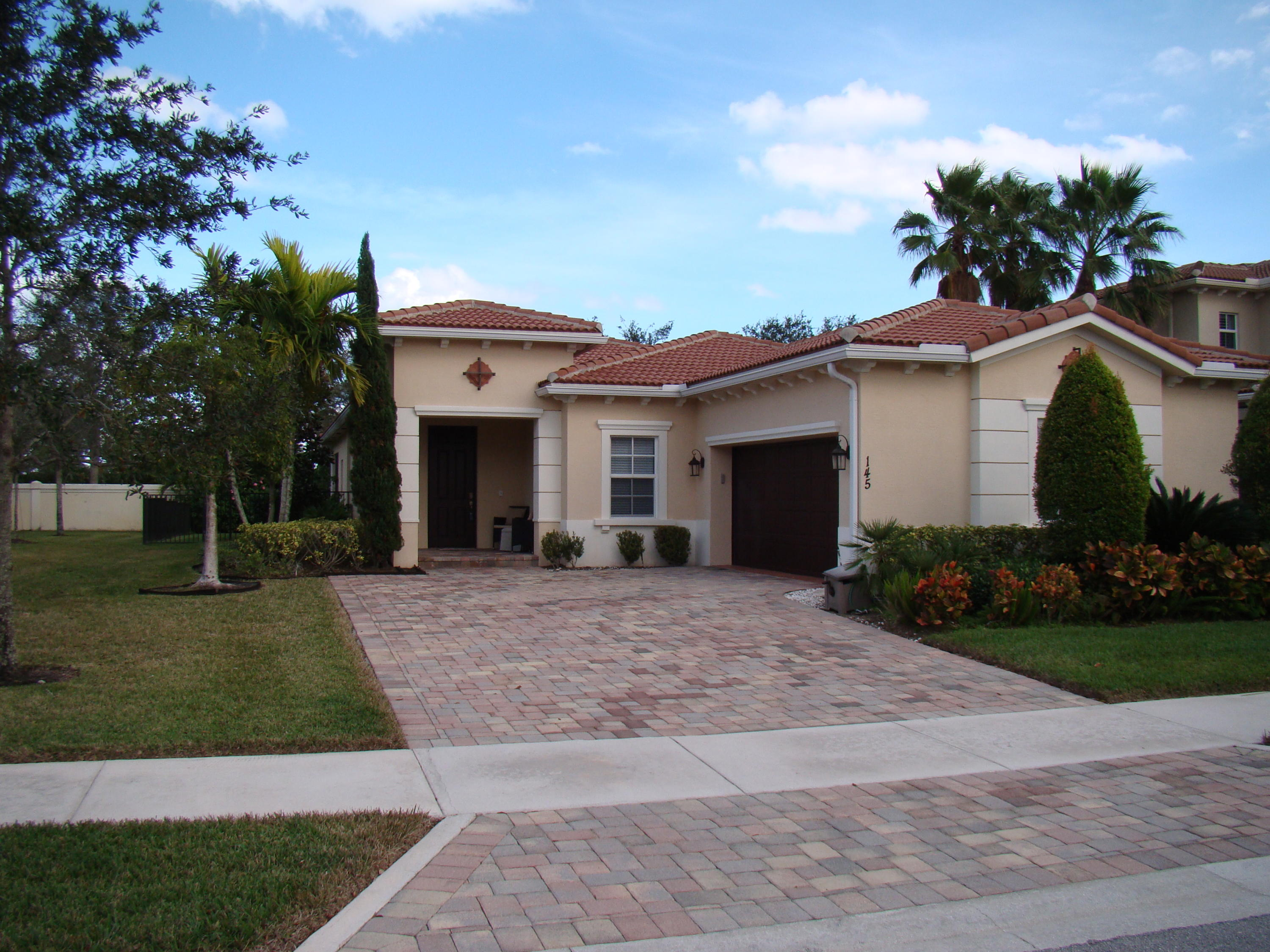 LOXAHATCHEE RESERVE NORTH REAL ESTATE