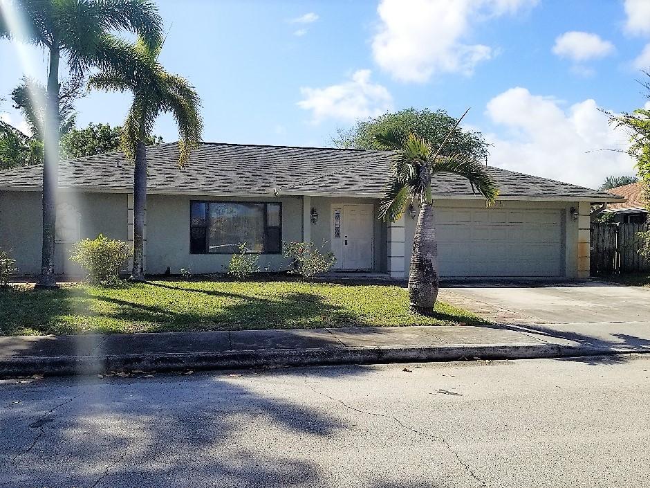 1715 22nd Avenue Lake Worth, FL 33460