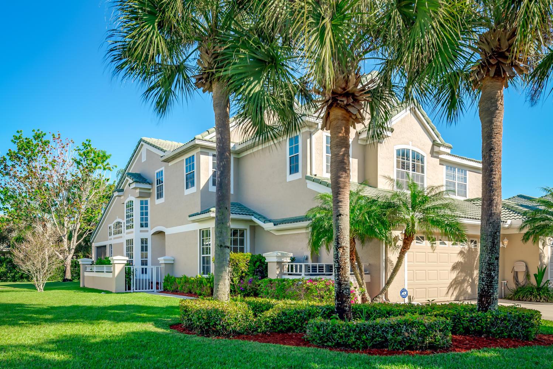 1590 SW Harbour Isles Circle  75, Port Saint Lucie, Florida