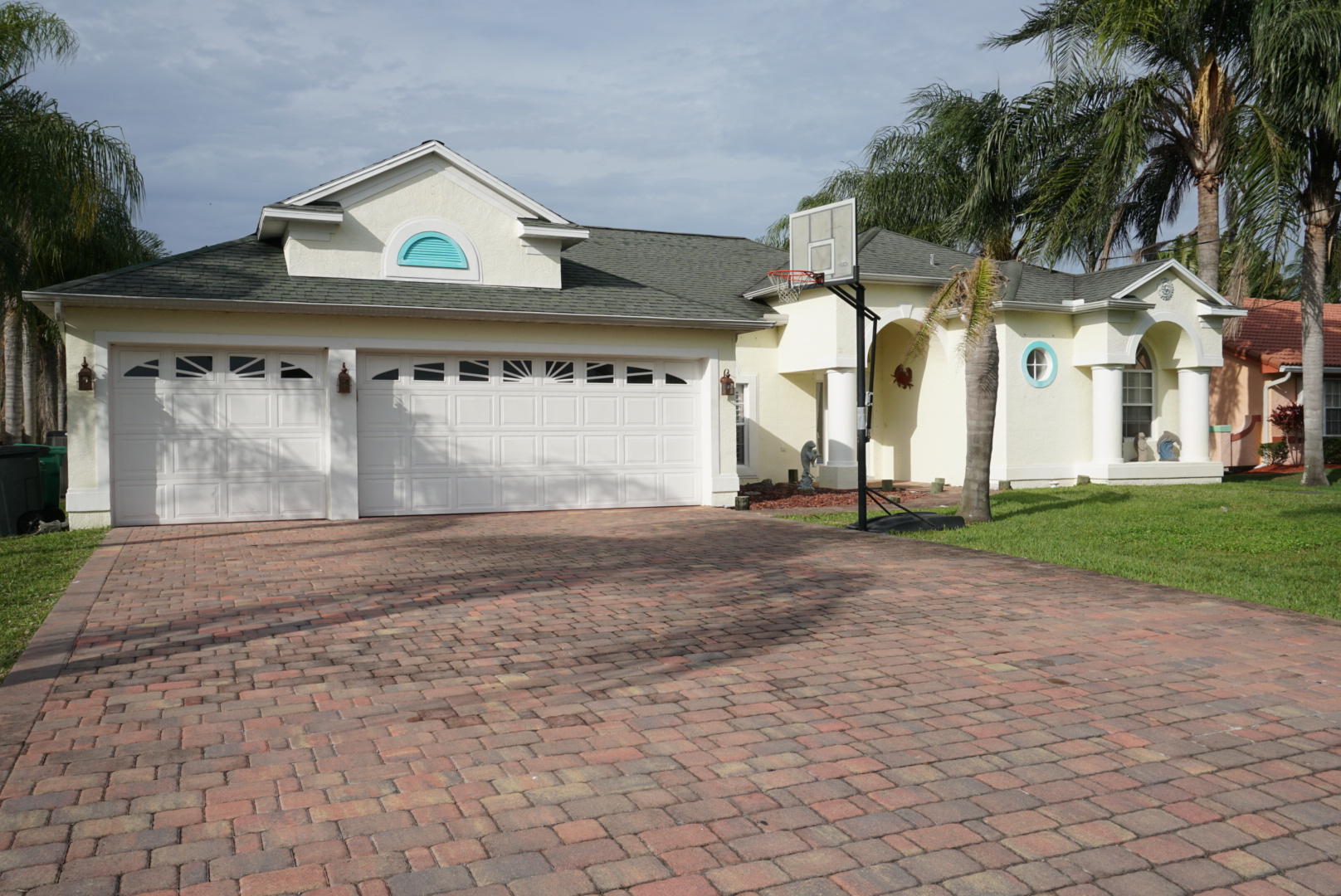 PORT ST. LUCIE REAL ESTATE