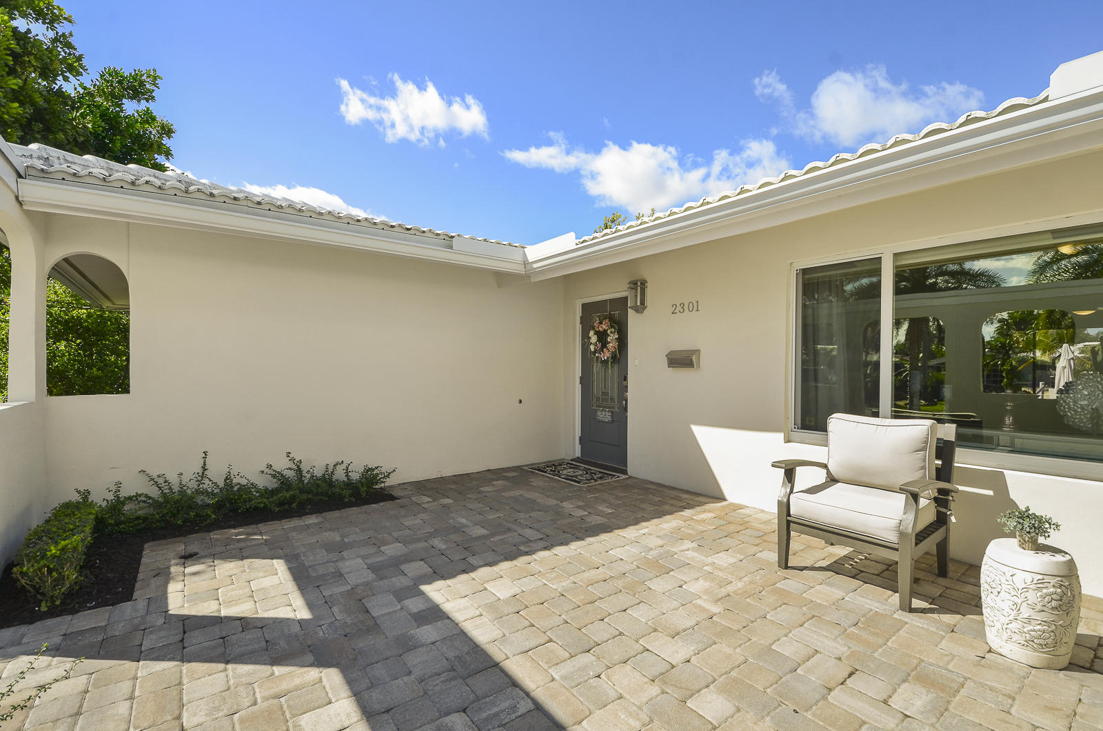 EDGEWATER ESTATES WILTON MANORS