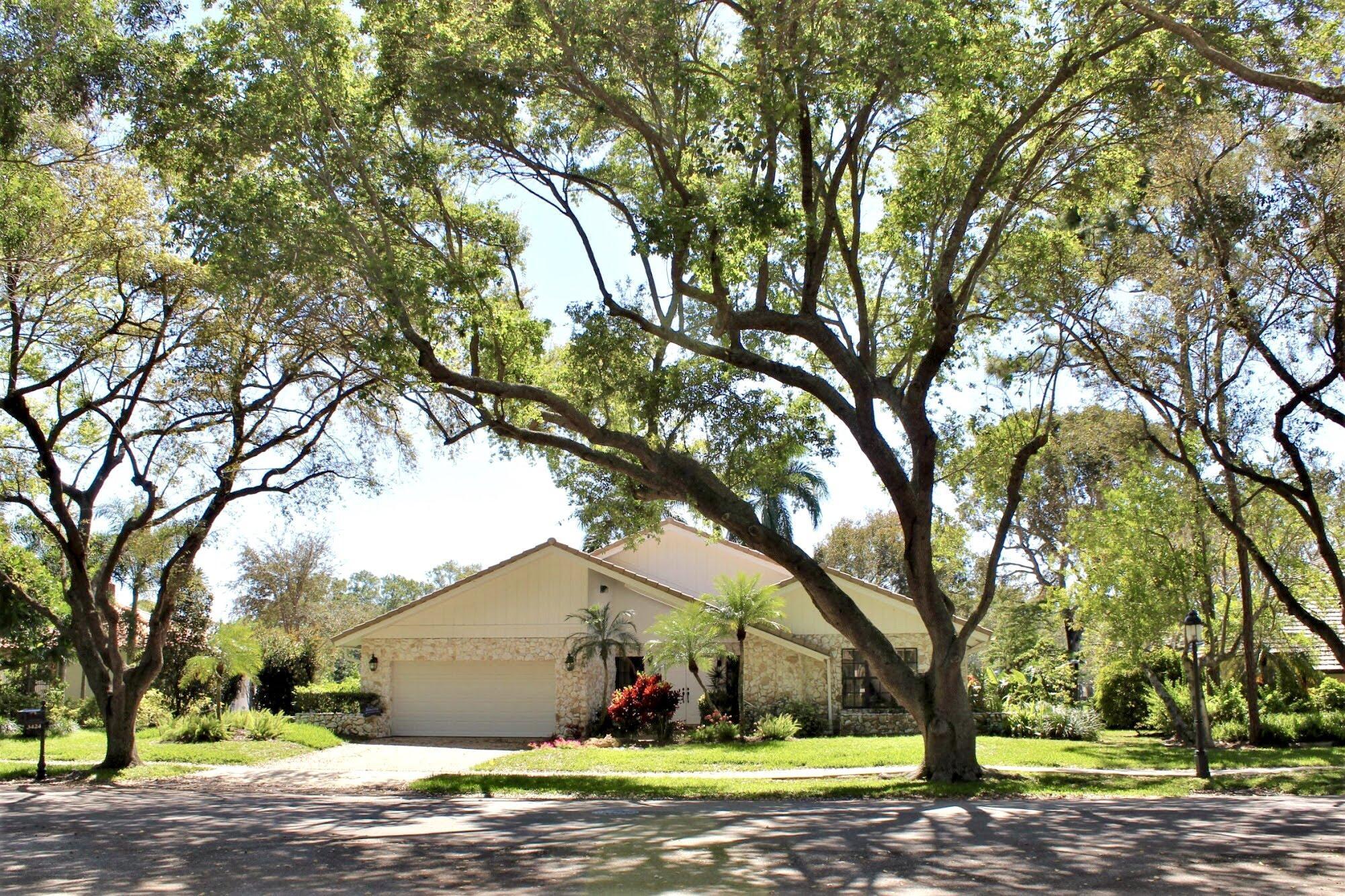 3424 Pine Haven Circle  Boca Raton, FL 33431