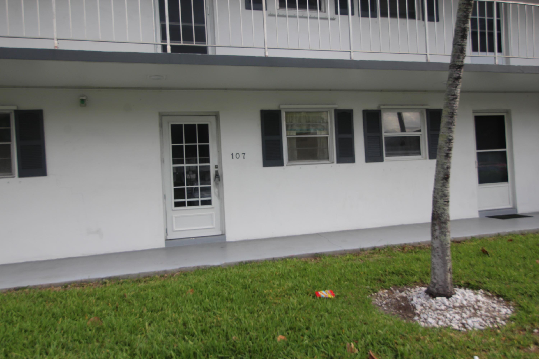 leisureville home 1111 Lake Terrace Boynton Beach FL 33426