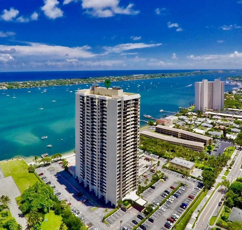 5600 N Flagler Drive 1702 West Palm Beach, FL 33407