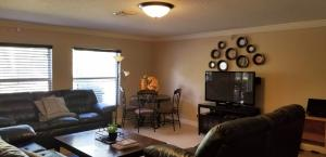 257 SW BECKER ROAD, PORT SAINT LUCIE, FL 34953  Photo 12