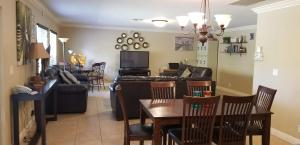 257 SW BECKER ROAD, PORT SAINT LUCIE, FL 34953  Photo 11