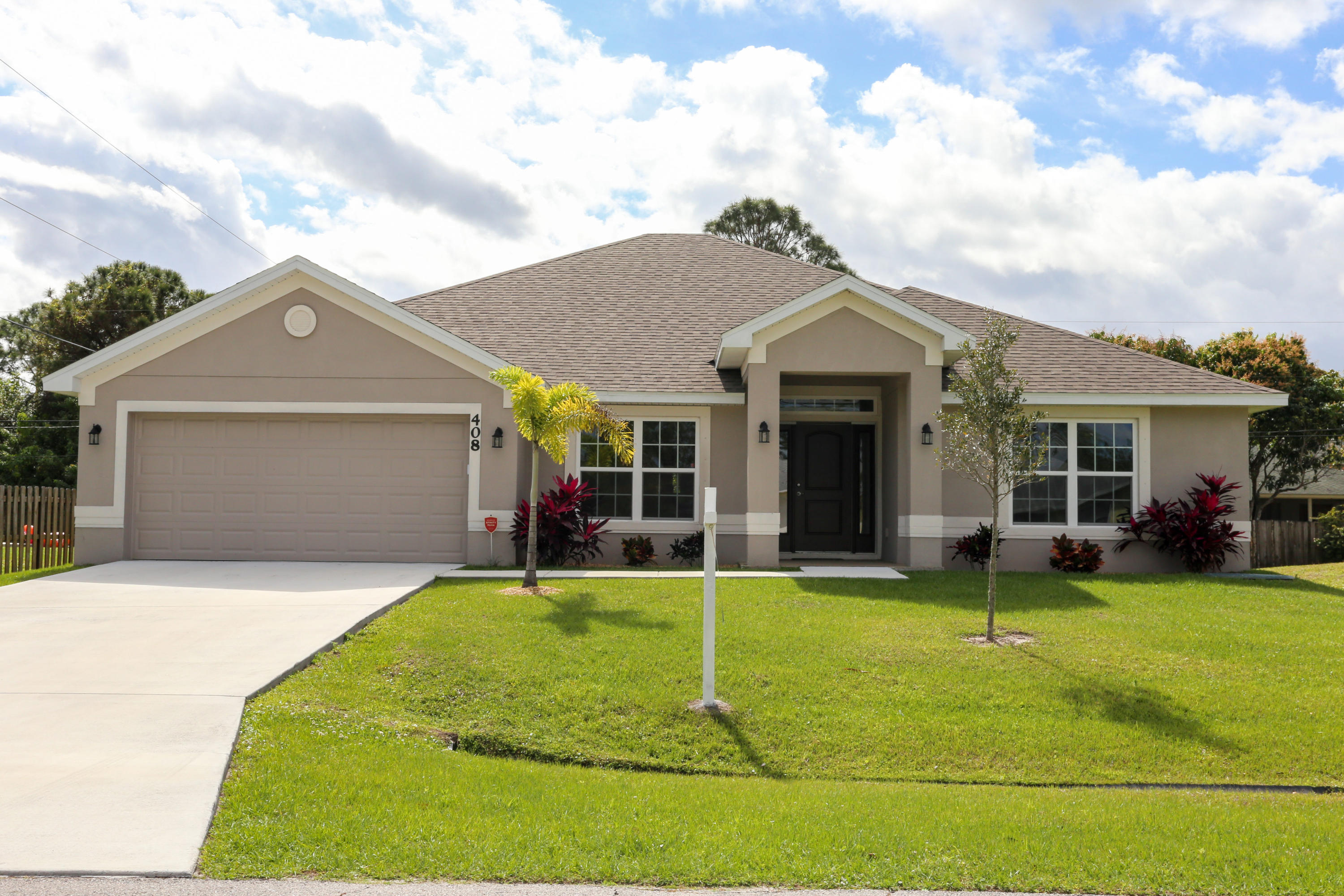 408 SW Seaflower Terrace, Port Saint Lucie, Florida