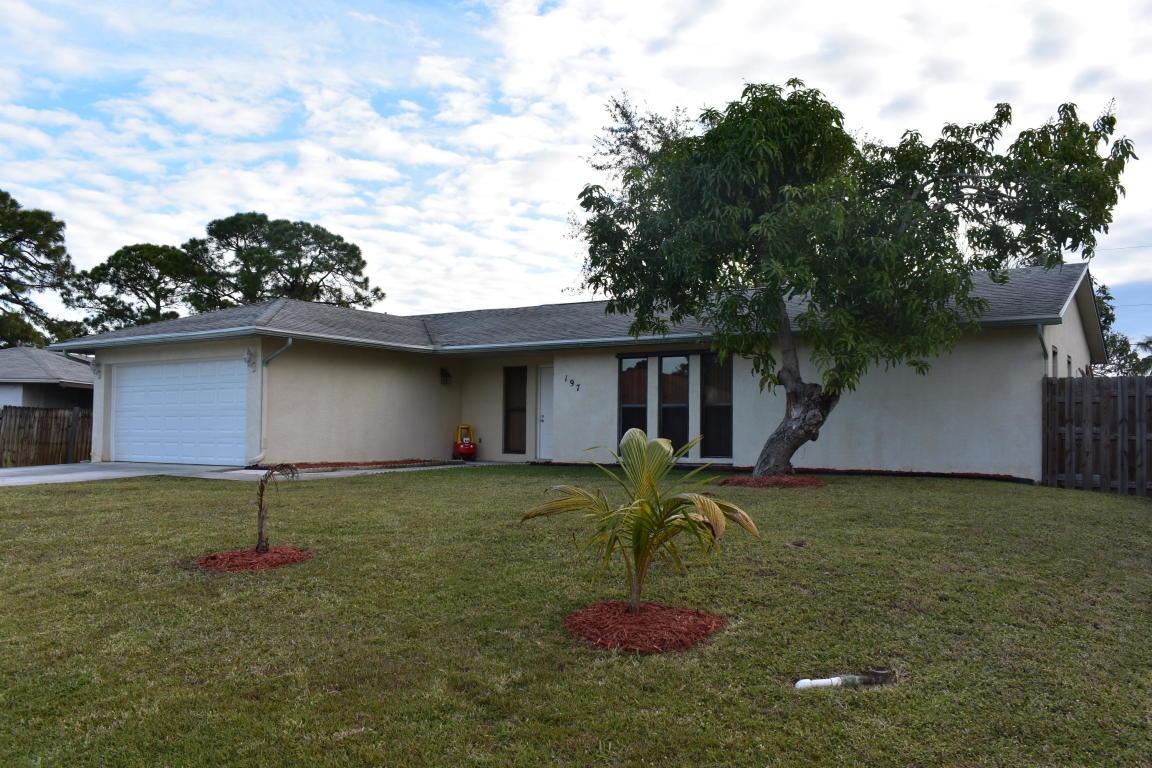197 NW Carmelite Street, Port Saint Lucie, Florida