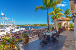 492  Mariner Drive , Jupiter FL 33477 is listed for sale as MLS Listing RX-10511692 photo #4