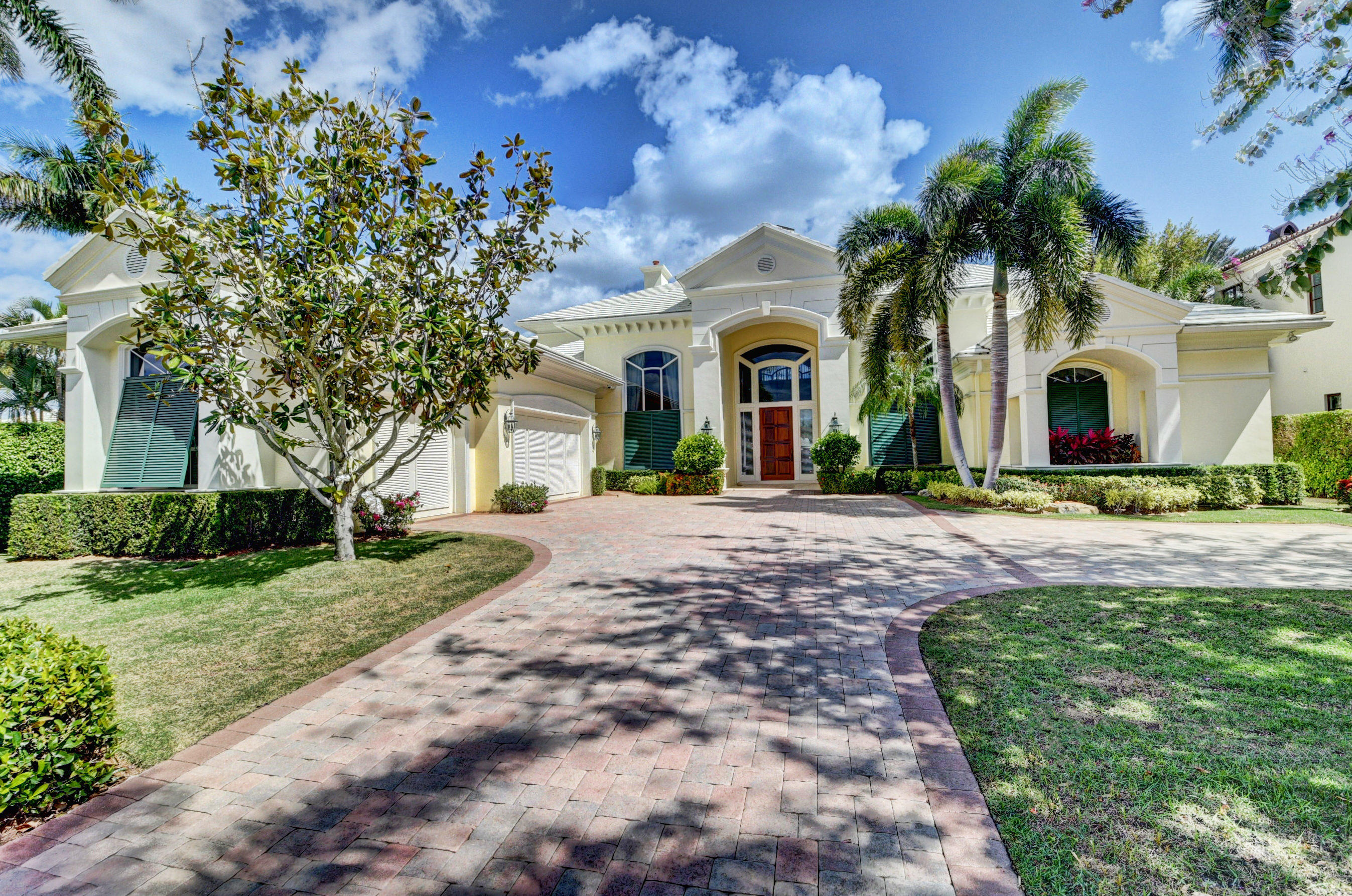 Home for sale in Palm Trail Area Delray Beach Florida
