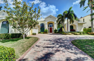 219  Palm Trail , Delray Beach FL 33483 is listed for sale as MLS Listing RX-10511760 photo #2