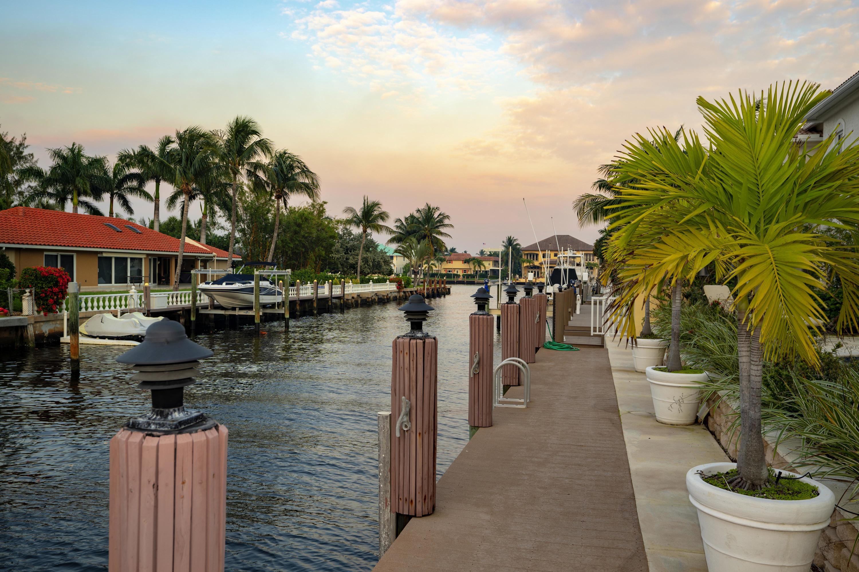 955 E Eve Street Delray Beach, FL 33483 photo 6