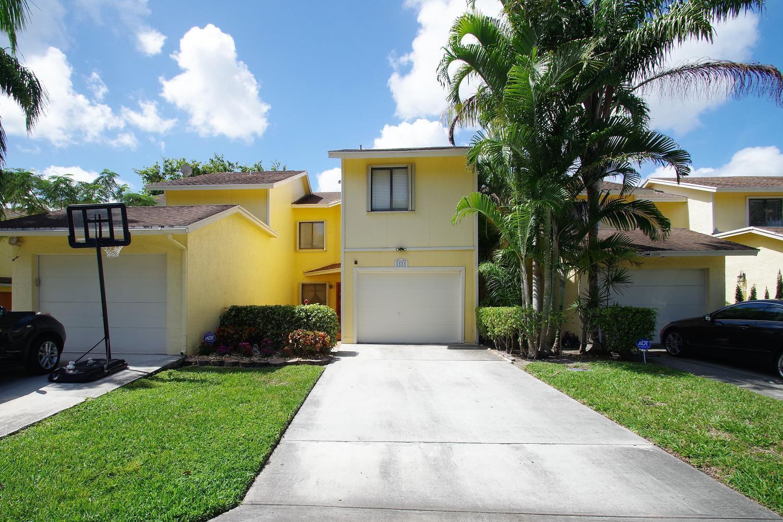 1553 Woodbridge Lakes Circle West Palm Beach, FL 33406
