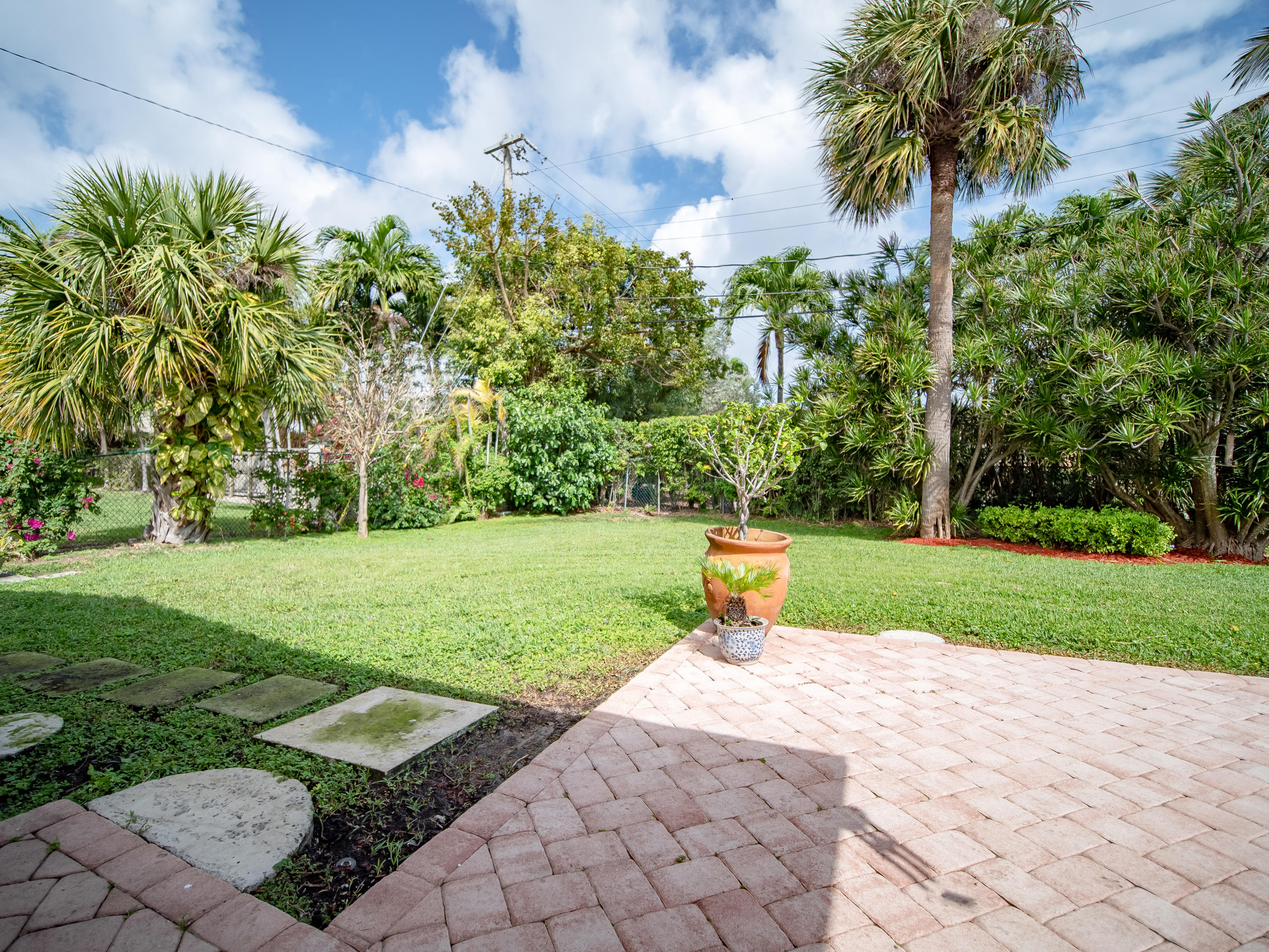 SPANISH RIVER LAND REALTY