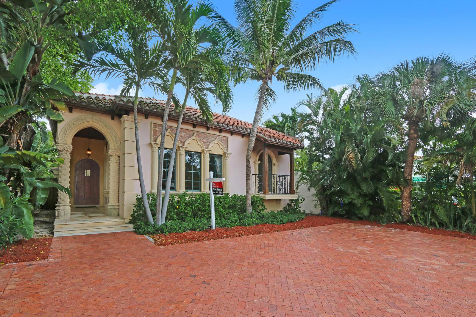 131 Greenwood Drive West Palm Beach, FL 33405