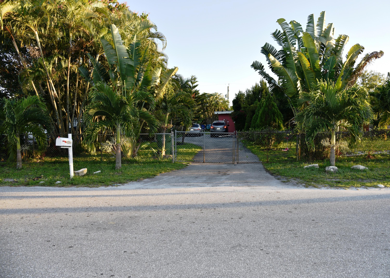 4086 Luzon Avenue Lake Worth, FL 33461