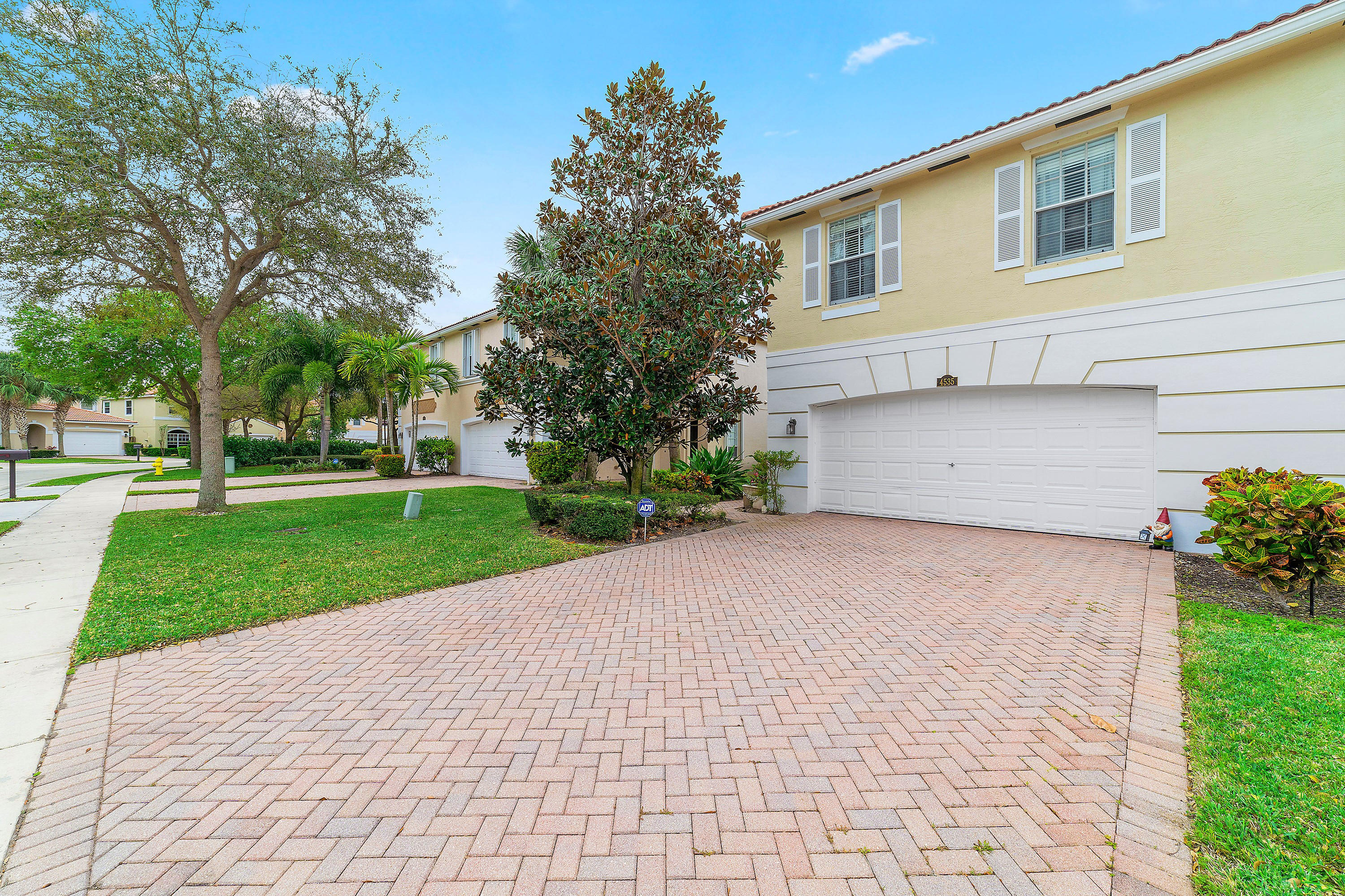 4535 Thornwood Circle West Palm Beach, FL 33418