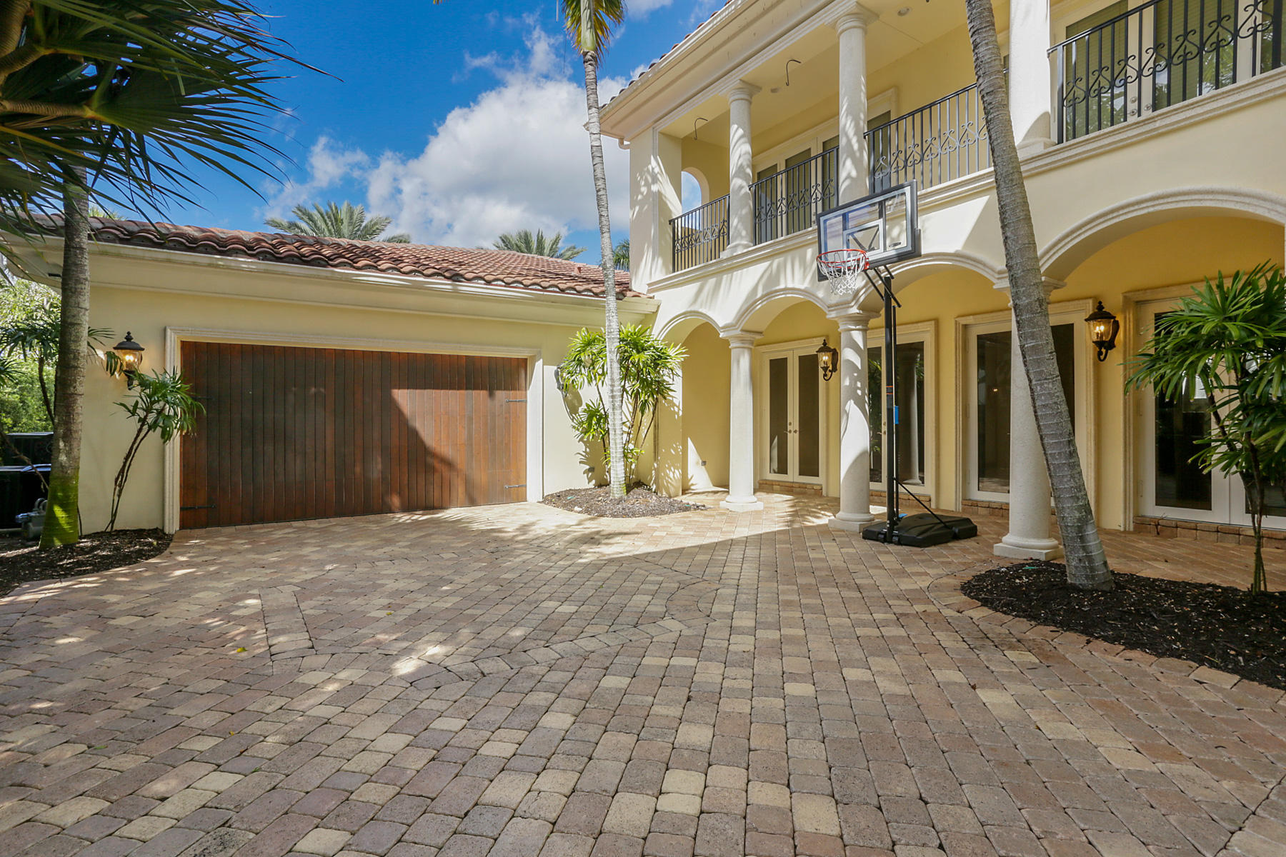11507 Green Bayberry Drive, Palm Beach Gardens, Florida 33418, 3 Bedrooms Bedrooms, ,3.2 BathroomsBathrooms,A,Single family,Green Bayberry,RX-10512593