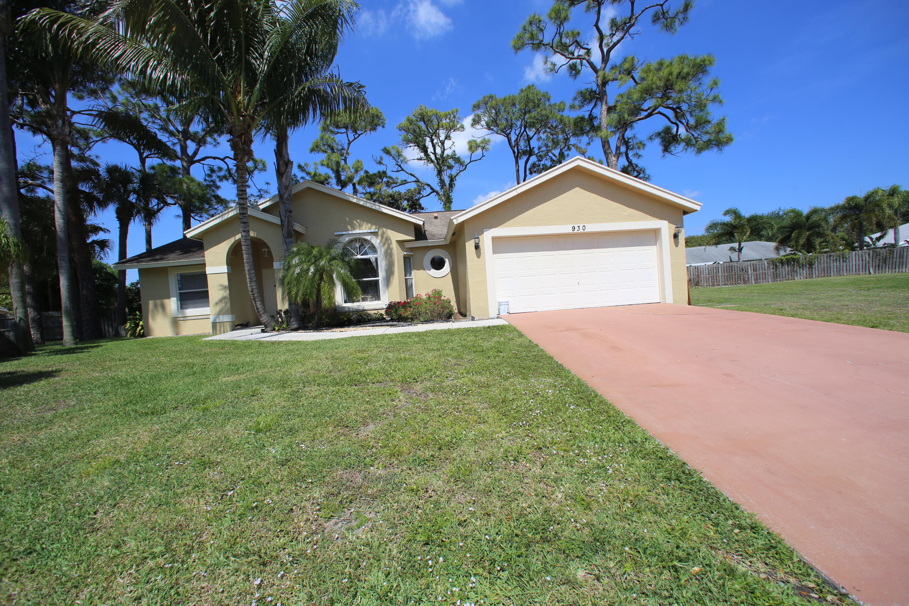 Home for sale in LAKE FOREST SOUTH Delray Beach Florida