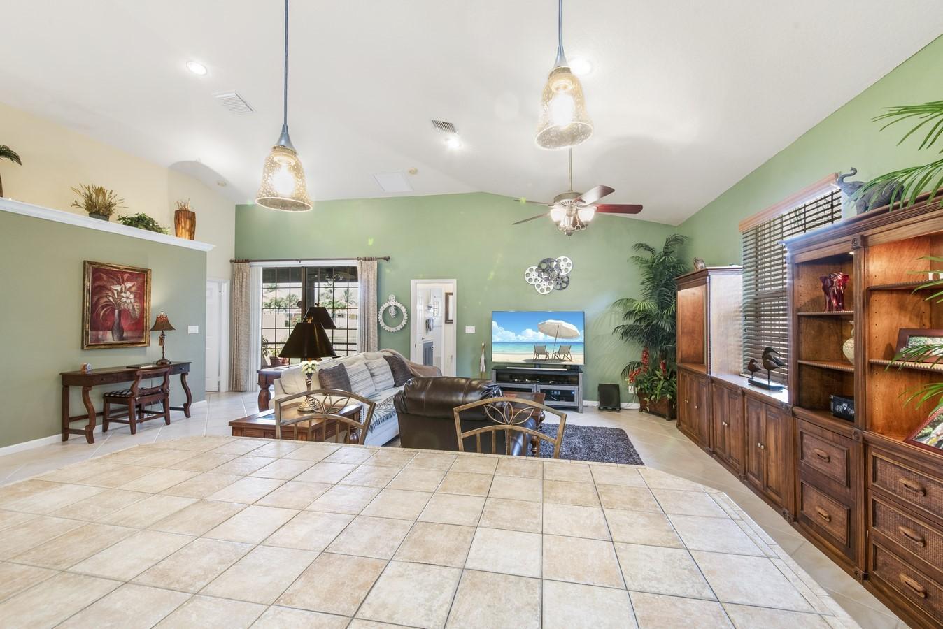 4869 Tropical Garden Drive Boynton Beach, FL 33436 photo 16