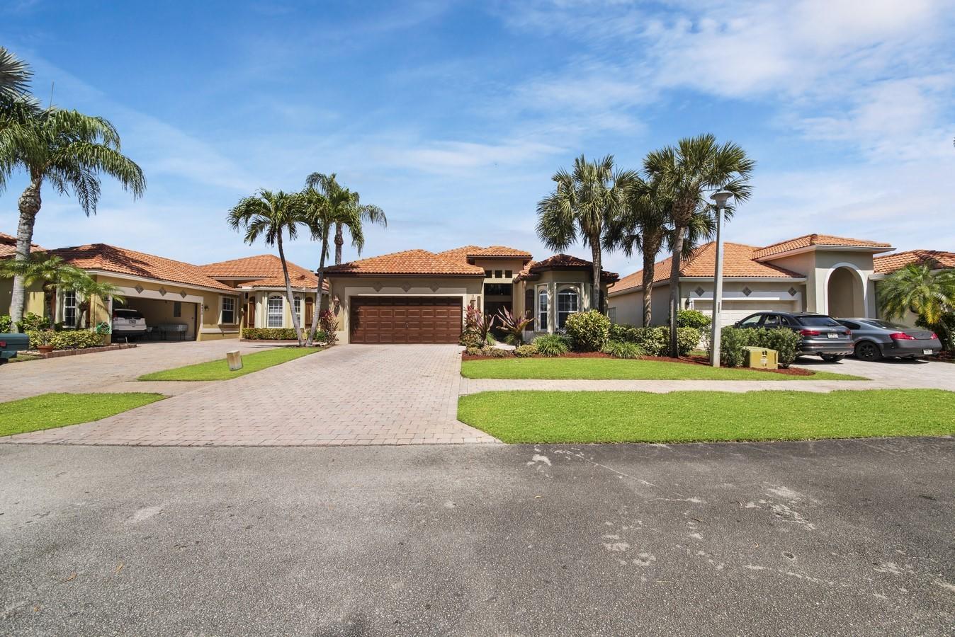 4869 Tropical Garden Drive Boynton Beach, FL 33436 photo 32