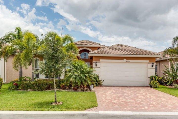 12300 Cascade Valley Lane  Boynton Beach, FL 33473