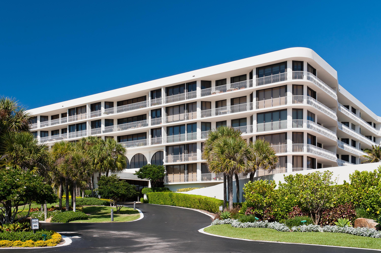 TWO THOUSAND CONDO PALM BEACH FLORIDA