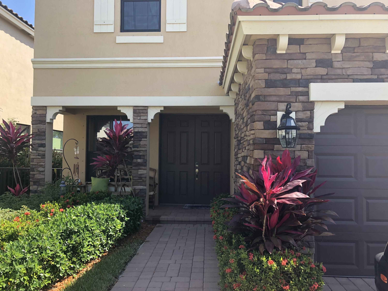 4554 Sandy Cove Terrace Lake Worth, FL 33467