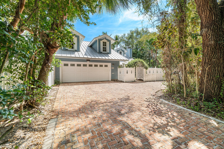 400 Paloma Avenue Boca Raton, FL 33486