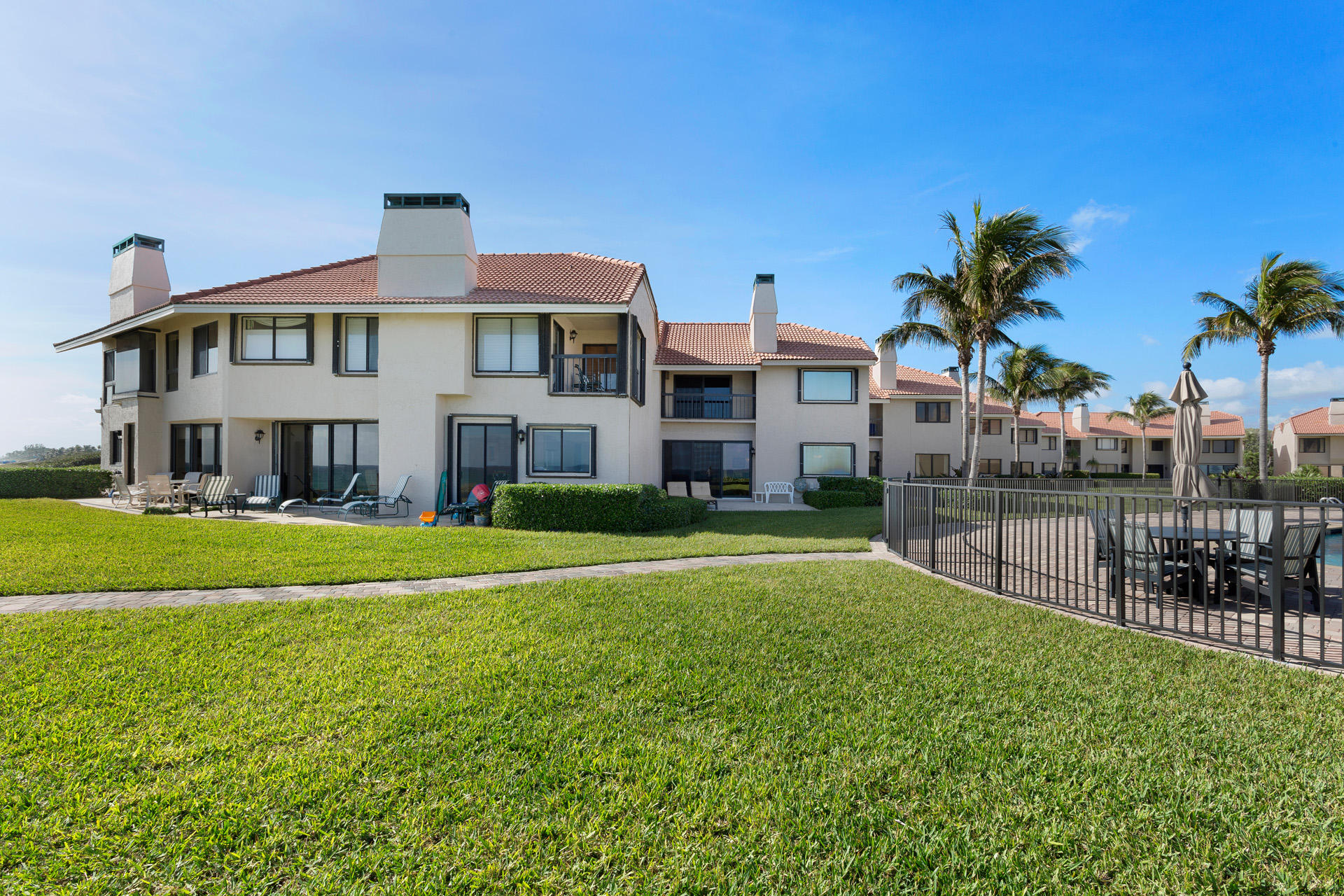 DUNES OF OCEAN RIDGE HOMES