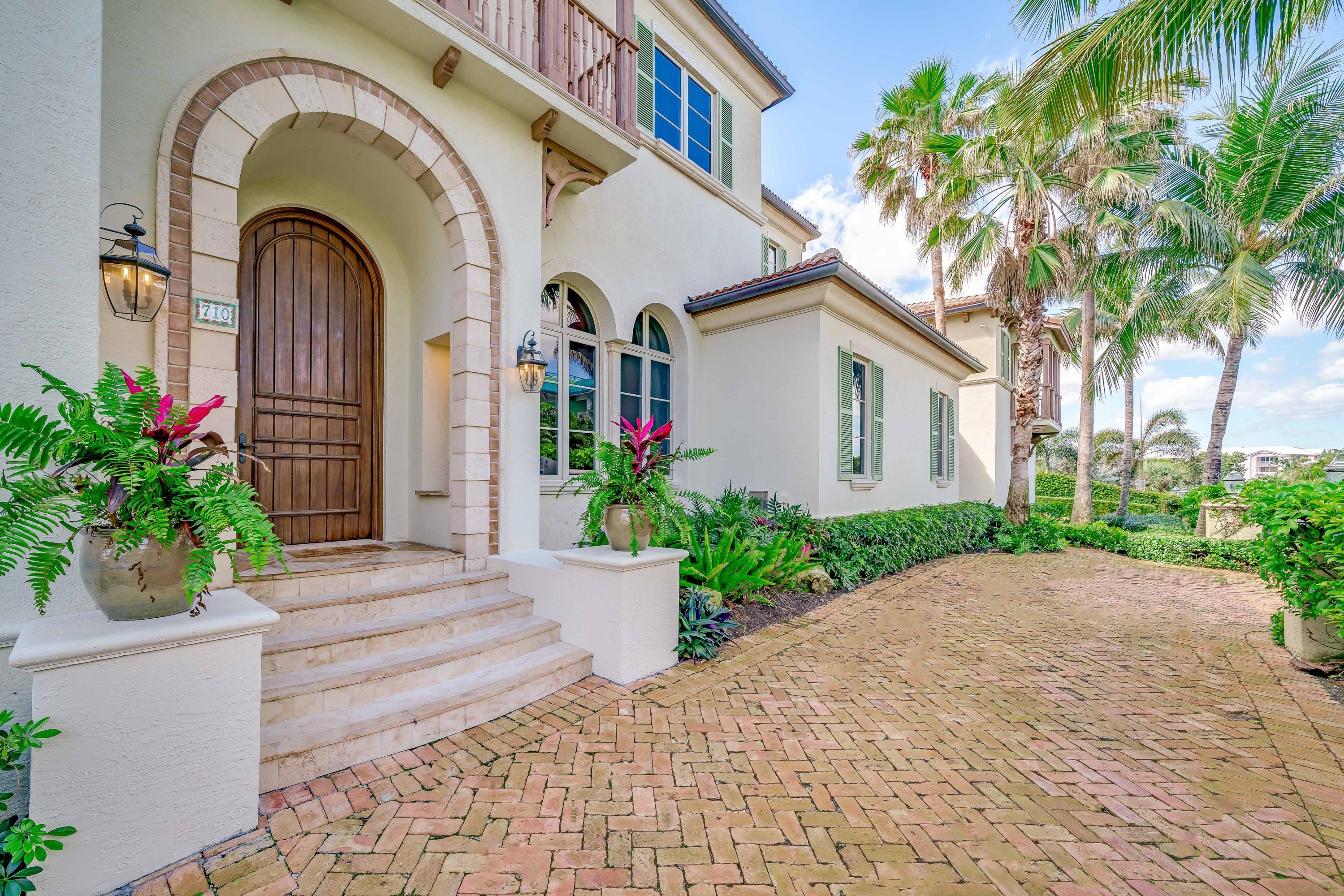 710 N Ocean Boulevard Delray Beach, FL 33483 photo 3