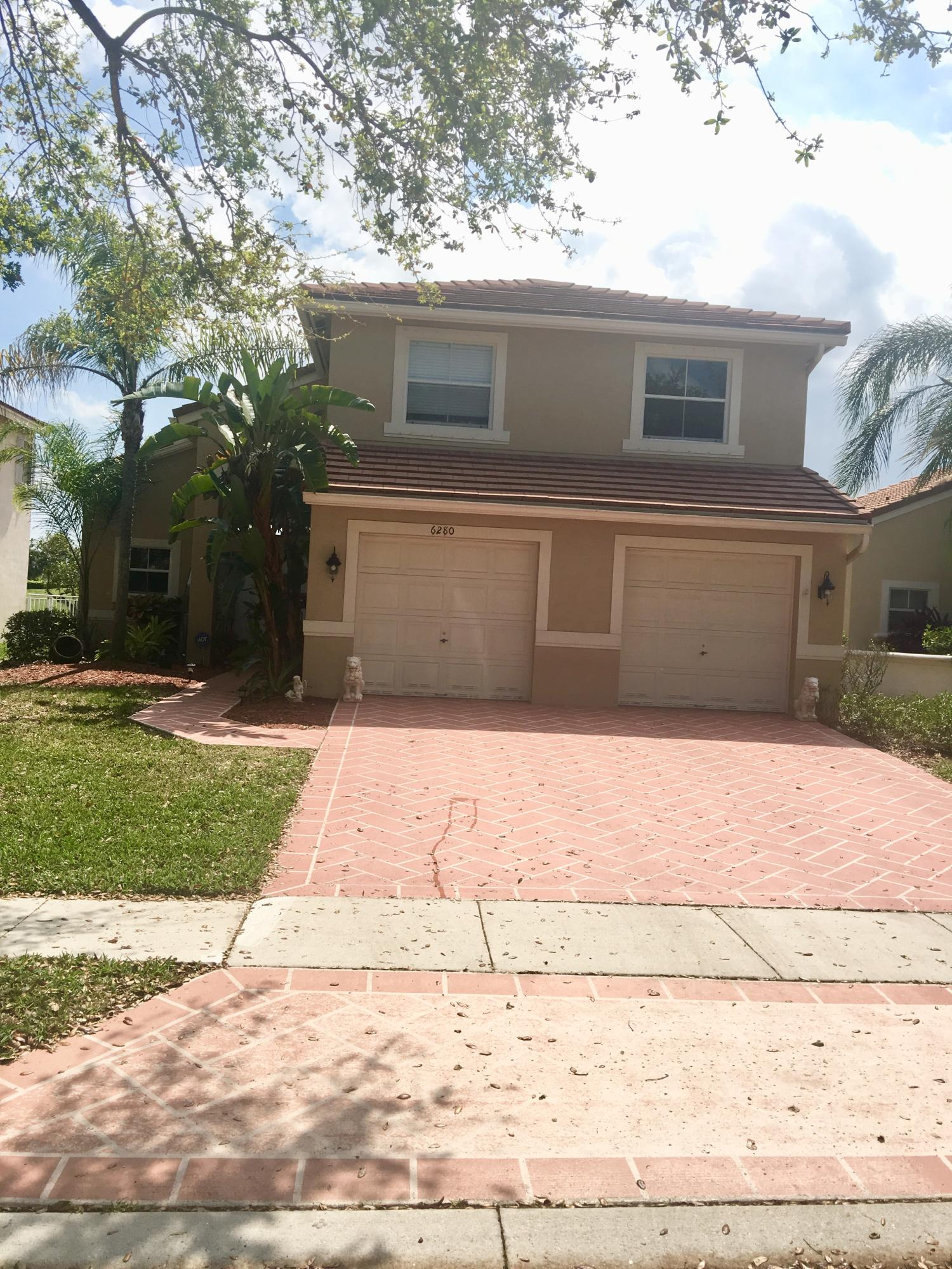 6280 Grand Cypress Circle Lake Worth, FL 33463