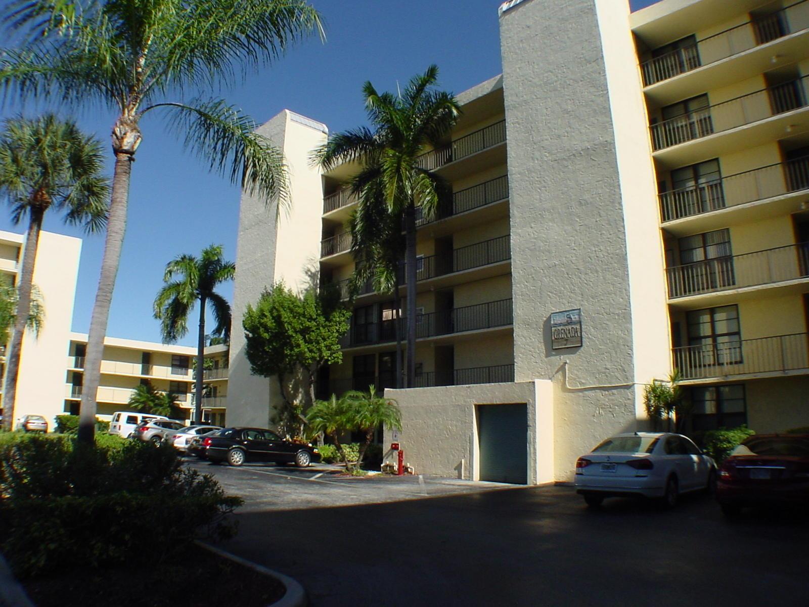 Boca Bayou 7 Royal-palm Way