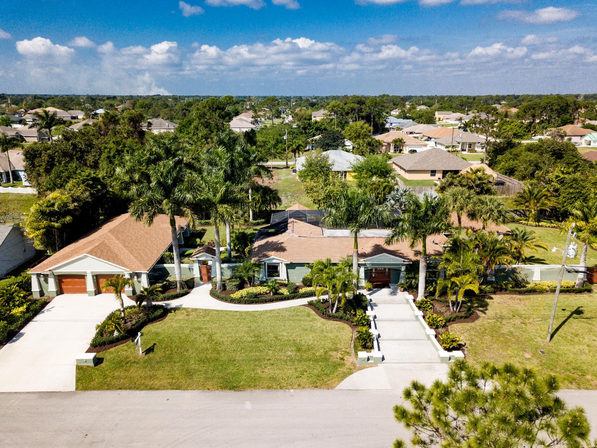 4450 SW Tabor Street, Port Saint Lucie, Florida