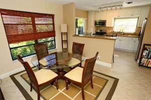 MIRROR LAKES 1 home 5115 Minto Road Boynton Beach FL 33472