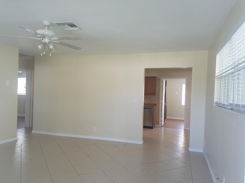 220 SW 6th Avenue Boynton Beach, FL 33435
