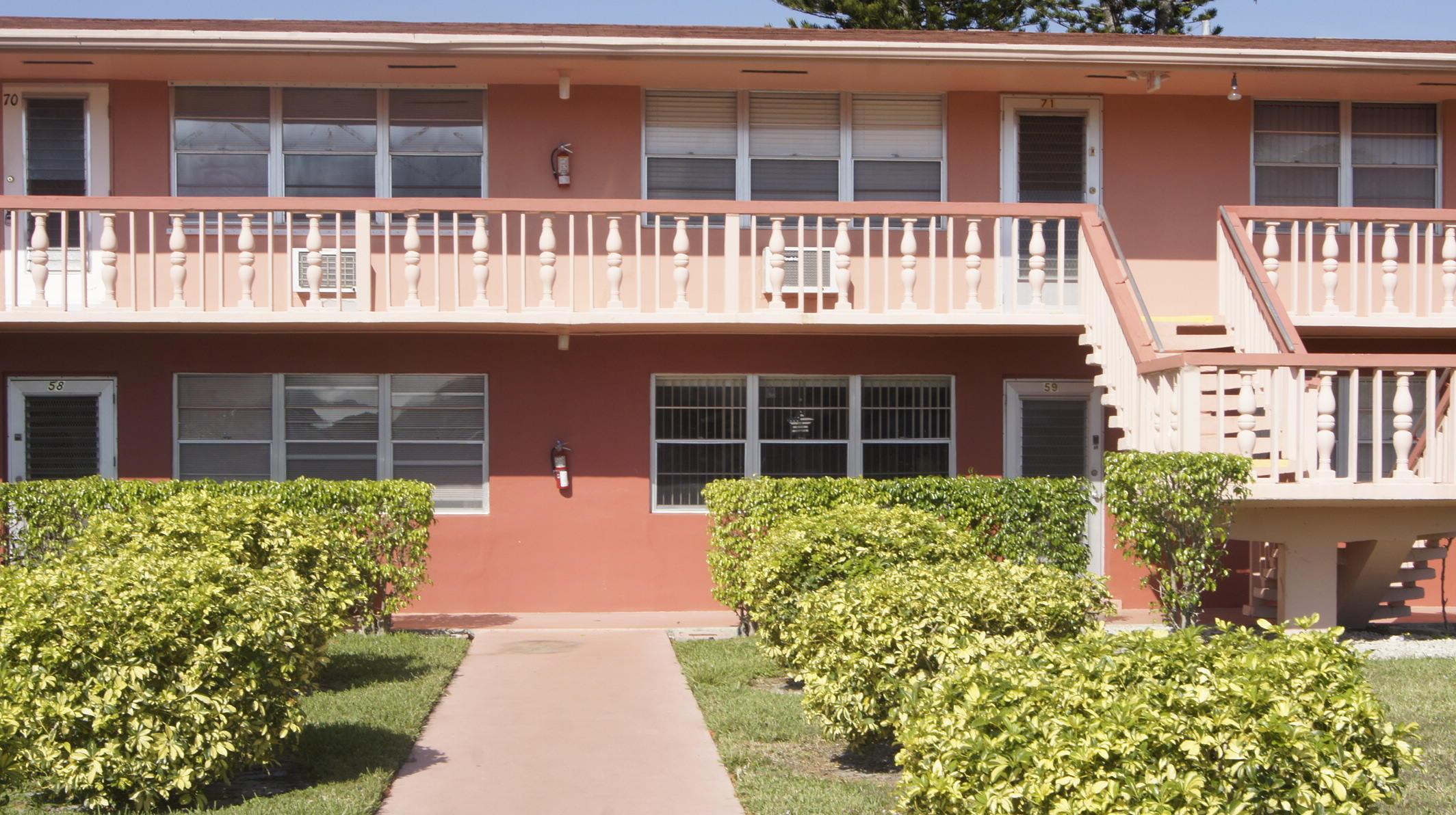 60 Sheffield C West Palm Beach, FL 33417
