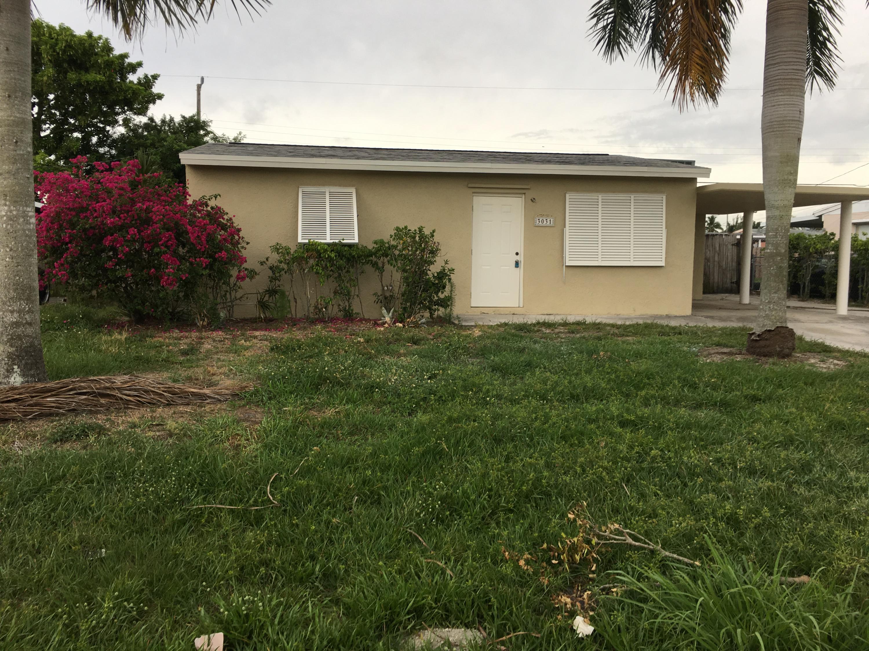 3031 Buckley Avenue Lake Worth, FL 33461