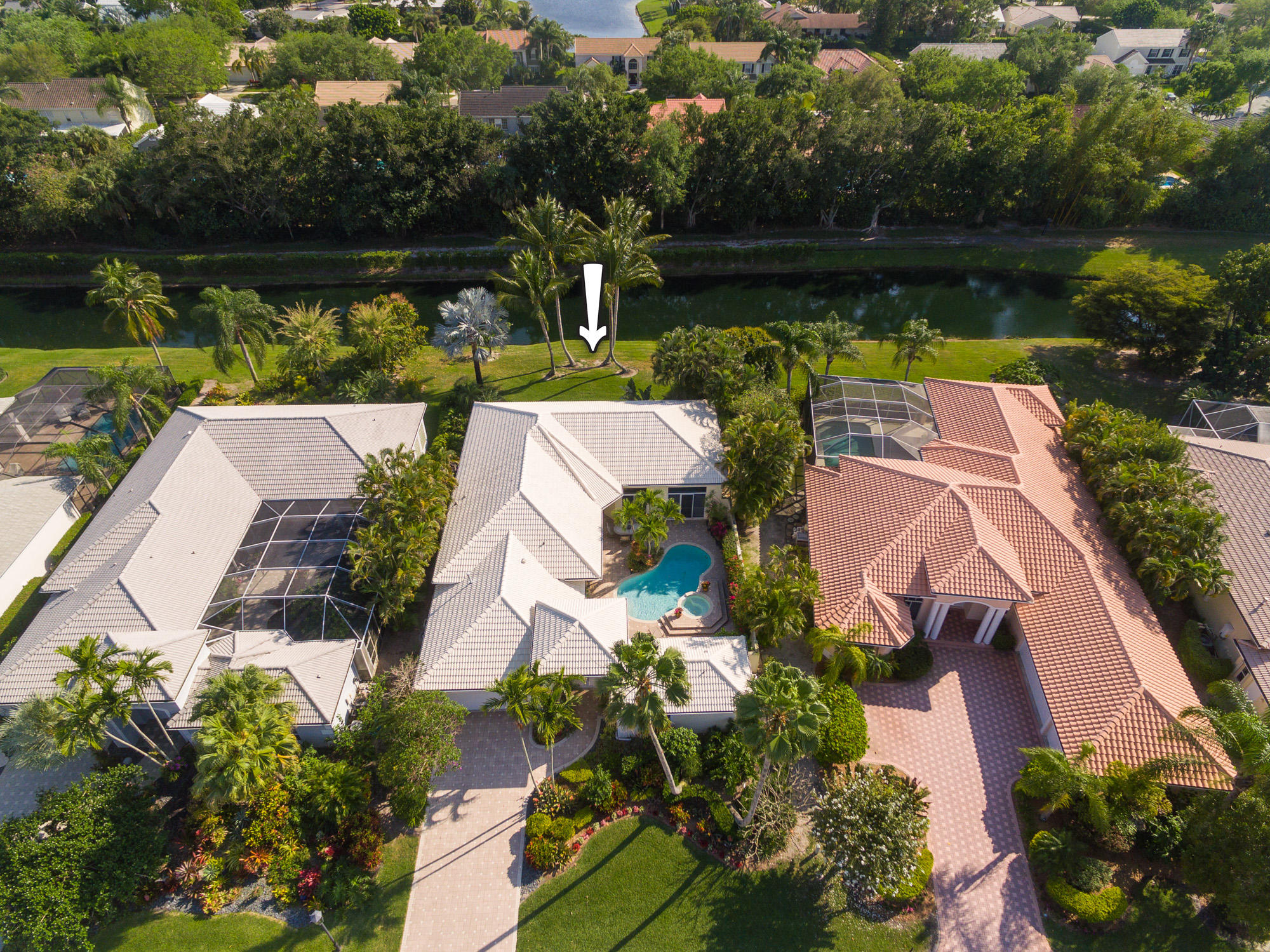 35 Bermuda Lake Drive, Palm Beach Gardens, Florida 33418, 4 Bedrooms Bedrooms, ,3 BathroomsBathrooms,A,Single family,Bermuda Lake,RX-10512113