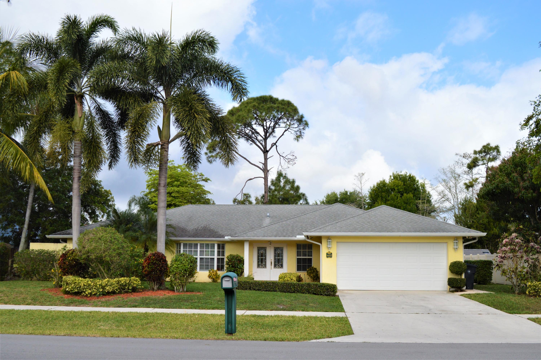 Home for sale in SUGAR POND MANOR OF WELLINGTON Wellington Florida