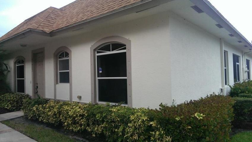11957 Sturbridge Lane Wellington, FL 33414