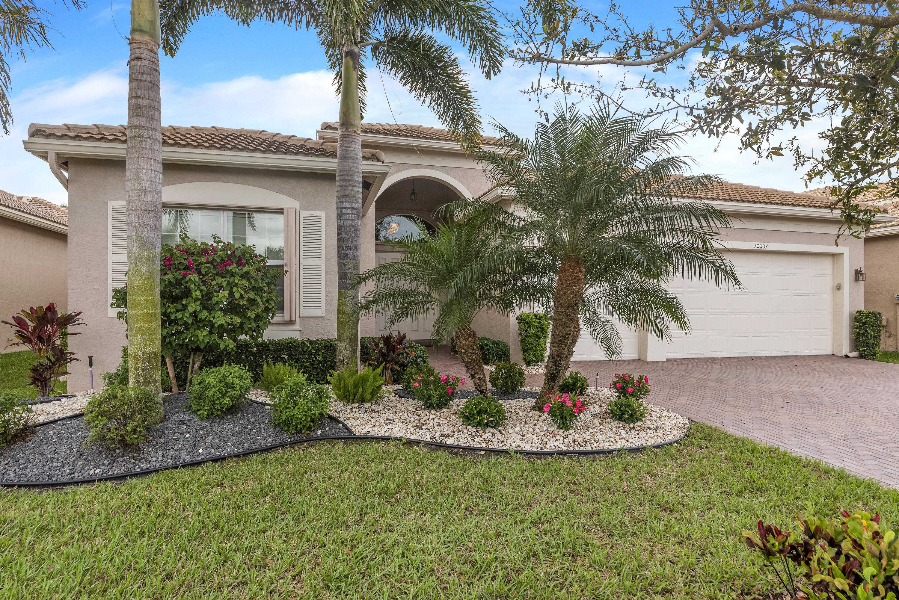 10007 Bluefield Drive  Boynton Beach, FL 33473