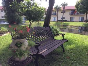 Island House Condominium