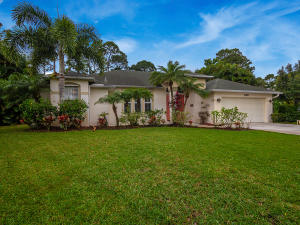 1198 SW Bay Hollow Court , Palm City FL 34990 is listed for sale as MLS Listing RX-10513567 33 photos