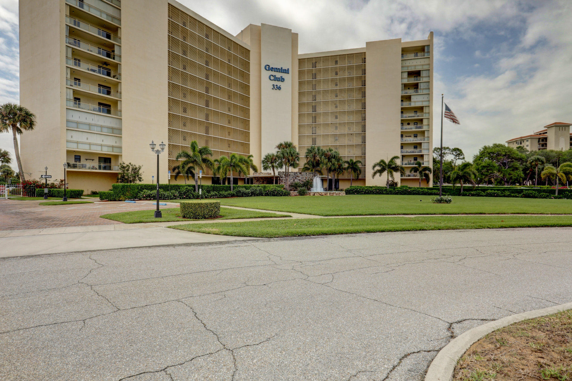 336 Golfview Road 414, North Palm Beach, Florida 33408, 2 Bedrooms Bedrooms, ,2 BathroomsBathrooms,A,Condominium,Golfview,RX-10513543