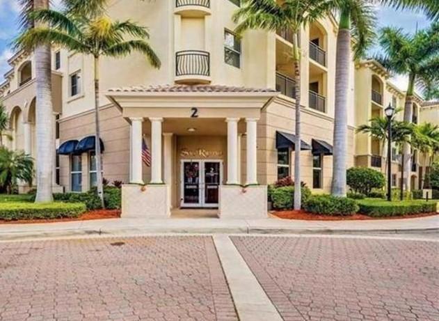 2 Renaissance Way 2-308 Boynton Beach, FL 33426