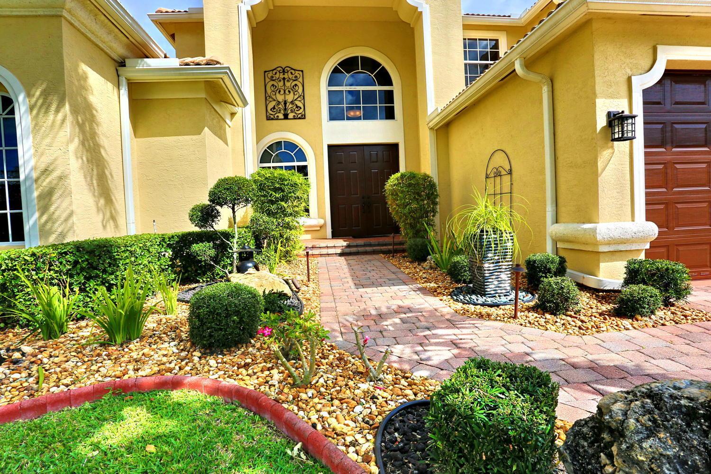 9661 Campi Drive Lake Worth, FL 33467 photo 4