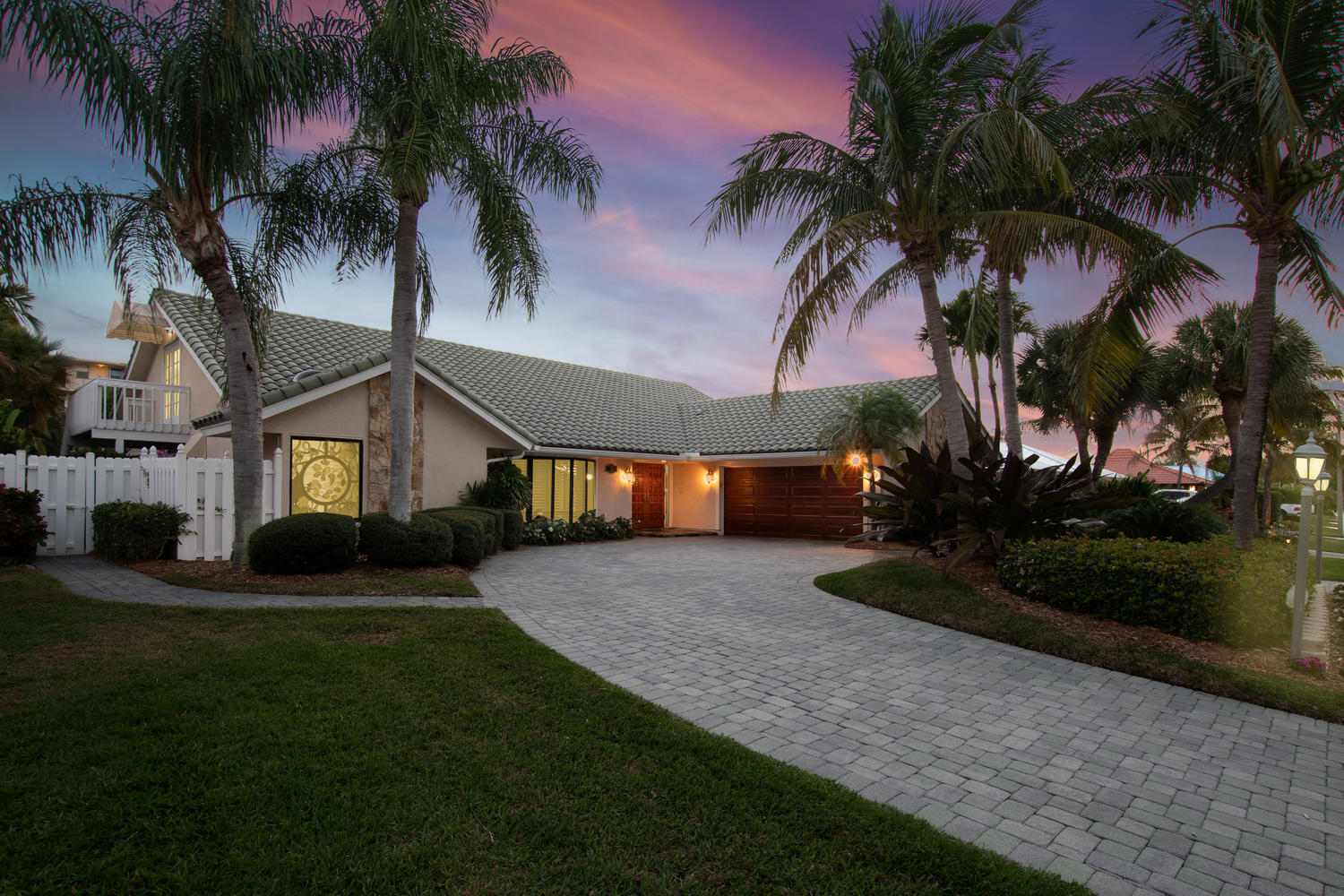 126 Anchorage Drive, North Palm Beach, Florida 33408, 4 Bedrooms Bedrooms, ,3 BathroomsBathrooms,A,Single family,Anchorage,RX-10515010
